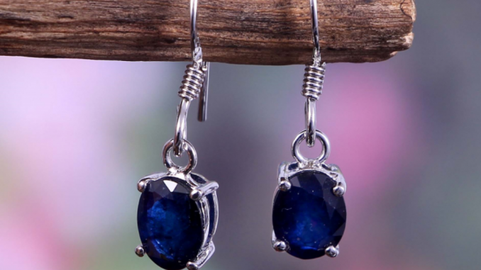 Know the Characteristics of varied Body Jewelry Materials