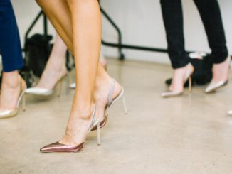 5 Risks of Wearing High Heels Revealed