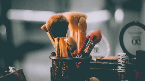 5 Quick Makeup and wonder Tips for each Woman